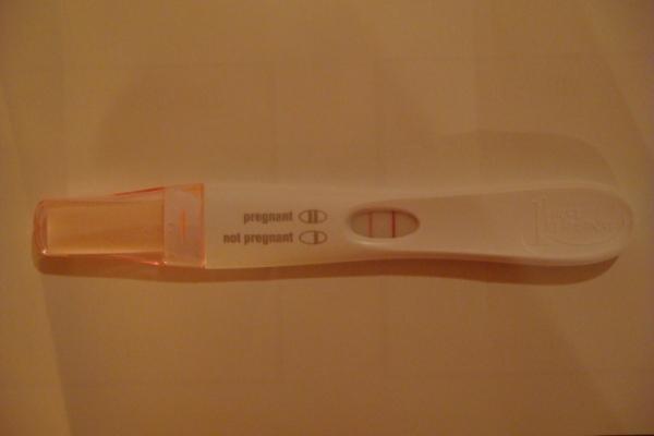 pregnancy_test_002.jpg